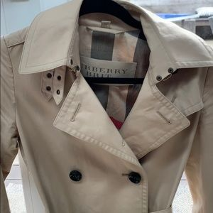Burberry Brit cropped trench size  0